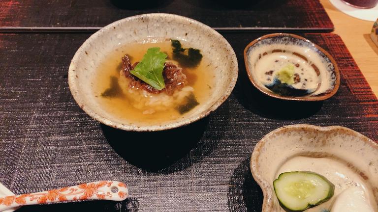 和牛すき焼き 御飯、和牛時雨煮茶漬け、蛤出汁の温麺